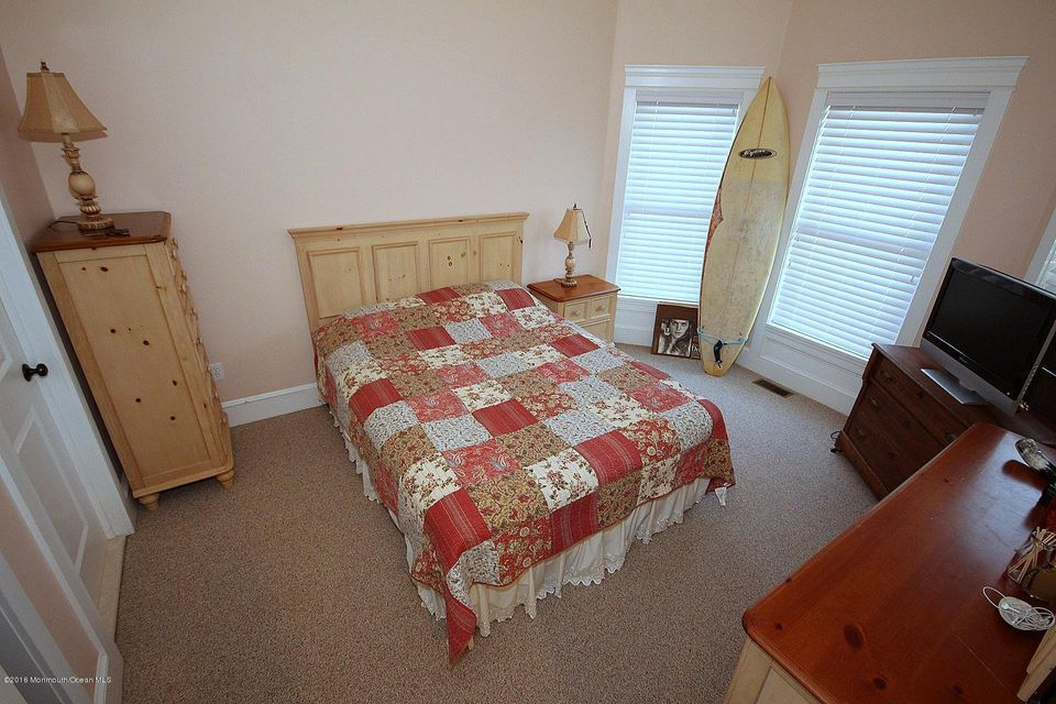 Additional photo for property listing at 396 Main Street  Manahawkin, 新泽西州 08050 美国