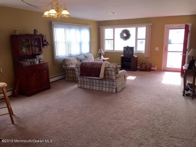 Additional photo for property listing at 49 Selkirk Avenue  Toms River, Nueva Jersey 08757 Estados Unidos