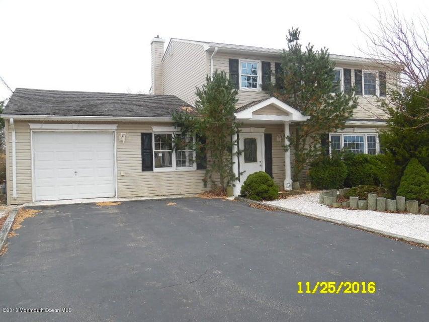 Single Family Home for Sale at 833 Laurel Boulevard Lanoka Harbor, New Jersey 08734 United States