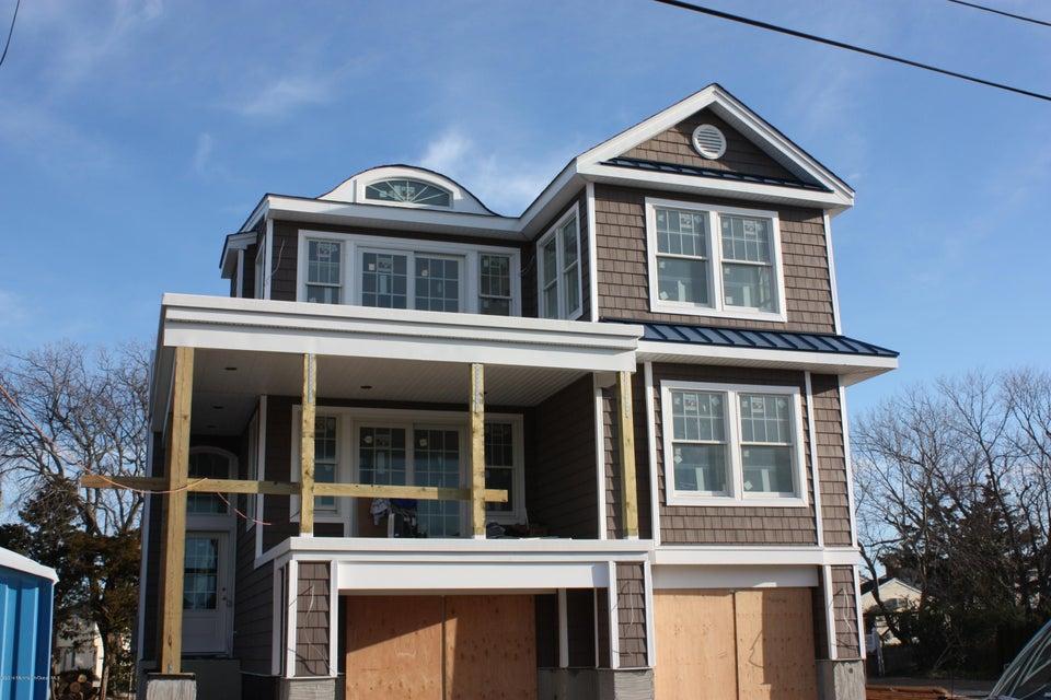 独户住宅 为 销售 在 335 3rd Street Surf City, 08008 美国