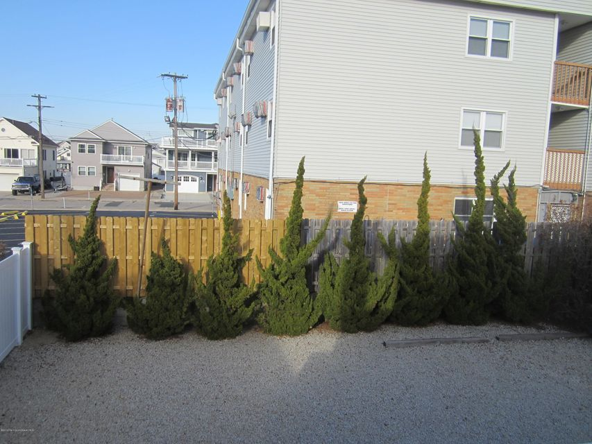 Additional photo for property listing at 14 Decatur Avenue  Seaside Park, New Jersey 08752 États-Unis