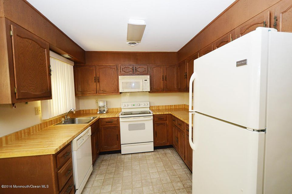 Additional photo for property listing at 46d Cambridge Circle  Manchester, New Jersey 08759 United States