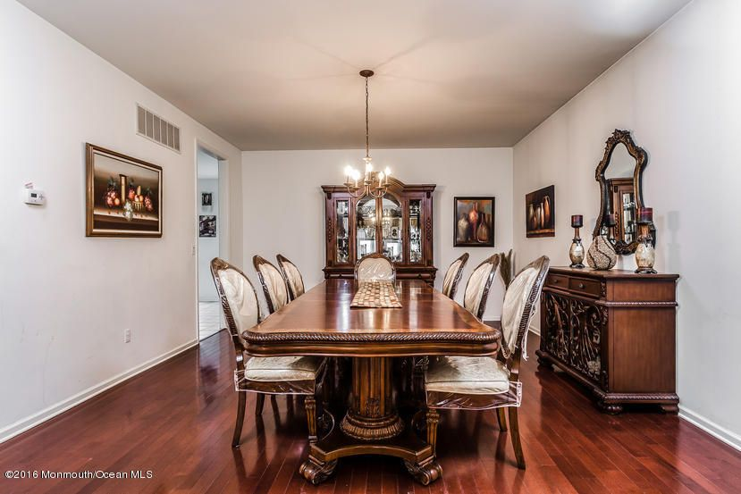 Additional photo for property listing at 5 Hawk Way  Lakewood, New Jersey 08701 États-Unis