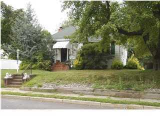 Casa Unifamiliar por un Venta en 2 Berg Avenue Elberon, Nueva Jersey 07740 Estados Unidos