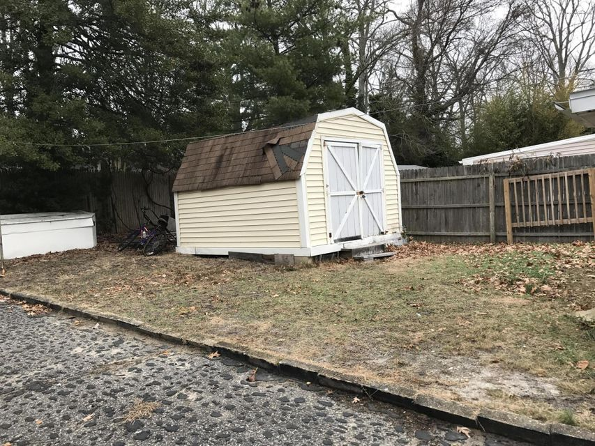Additional photo for property listing at 311 Anthony Avenue  Toms River, Nueva Jersey 08753 Estados Unidos