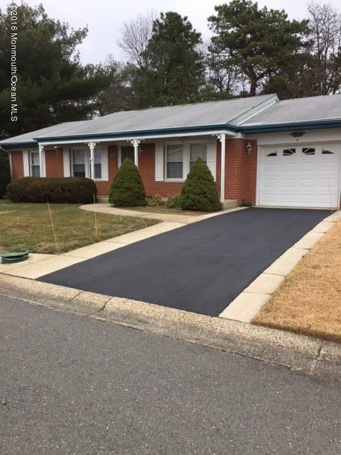 Additional photo for property listing at 10 Hudson Parkway  Whiting, Nueva Jersey 08759 Estados Unidos