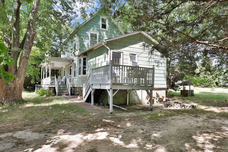 Additional photo for property listing at 425 Main Street  Manahawkin, New Jersey 08050 États-Unis