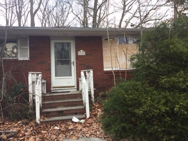 Additional photo for property listing at 114 Pension Road  Manalapan, New Jersey 07726 États-Unis