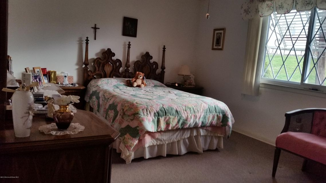 Additional photo for property listing at 9 Ohio Court  Matawan, 新泽西州 07747 美国