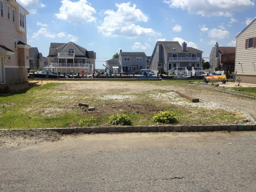 Additional photo for property listing at 1819 Boat Point Drive  Point Pleasant, New Jersey 08742 United States