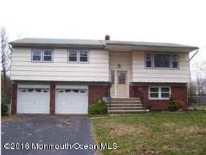 Maison unifamiliale pour l Vente à 26 Orchard Avenue Holmdel, New Jersey 07733 États-Unis