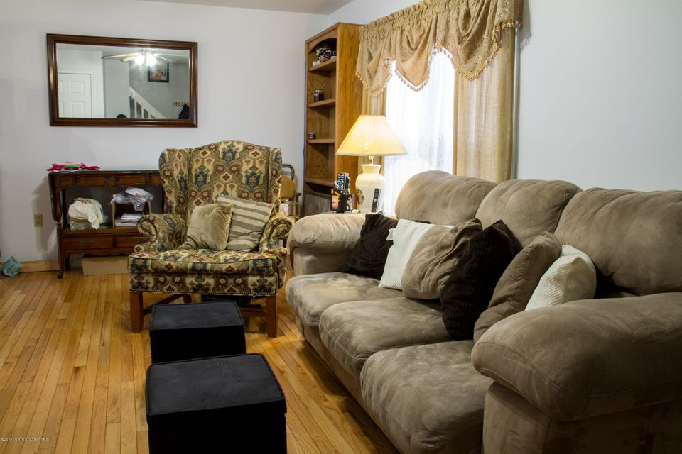 Additional photo for property listing at 82 Silver Bay Road  Toms River, New Jersey 08753 États-Unis