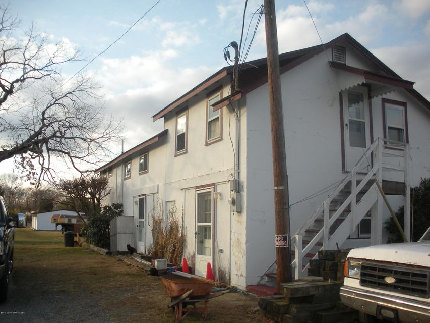 Additional photo for property listing at 259 Victory Road  Howell, New Jersey 07731 États-Unis