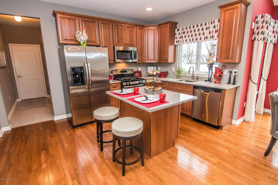 Additional photo for property listing at 3 Bridle Path  Bayville, Nueva Jersey 08721 Estados Unidos