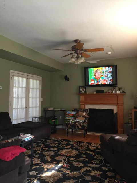 Additional photo for property listing at 3217 Windsor Avenue  Toms River, New Jersey 08753 United States