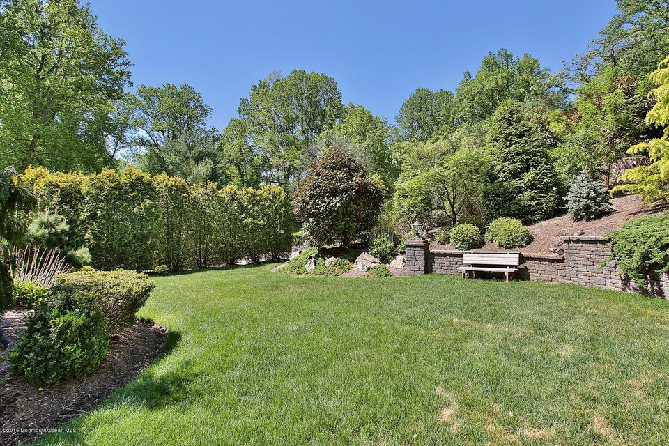 Additional photo for property listing at 27 Bunker Hill Drive  Middletown, New Jersey 07748 États-Unis