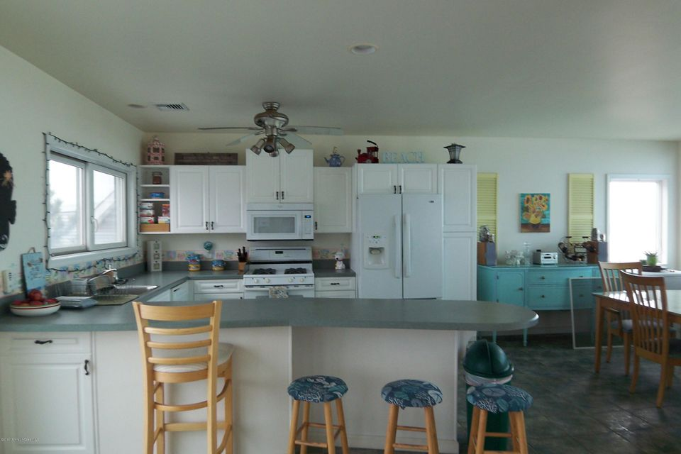 Additional photo for property listing at 709 Ocean Avenue  Belmar, New Jersey 07719 États-Unis