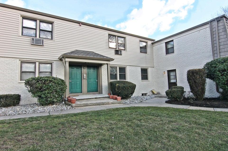 Appartement en copropriété pour l à louer à 440 Cross Road Matawan, New Jersey 07747 États-Unis