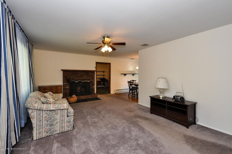 Additional photo for property listing at 613 Ranger Drive  Forked River, New Jersey 08731 États-Unis