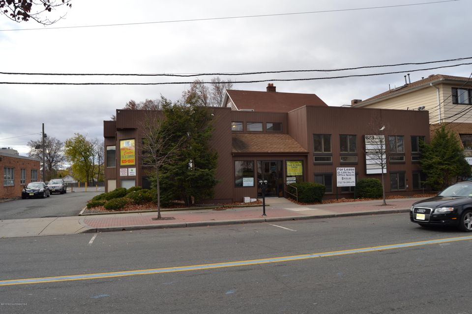 Commercial for Sale at 623 Wood Avenue Linden, New Jersey 07036 United States