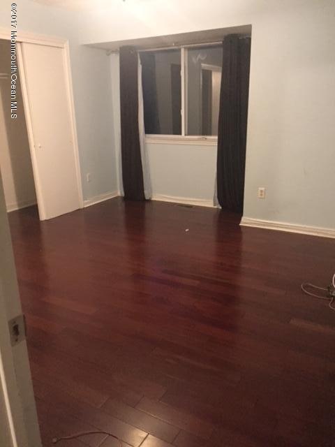 Additional photo for property listing at 404 Schley Avenue  Toms River, Nueva Jersey 08755 Estados Unidos