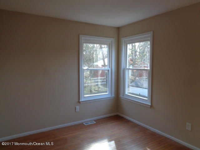 Additional photo for property listing at 7 Sweet Gum Road  Howell, Nueva Jersey 07731 Estados Unidos