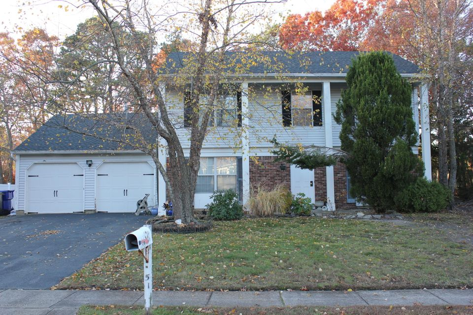 Single Family Home for Sale at 51 Oak Glen Road Toms River, New Jersey 08753 United States