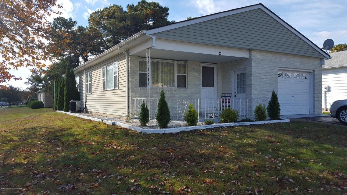 Maison unifamiliale pour l à louer à 2 Brisbane Court Toms River, New Jersey 08757 États-Unis