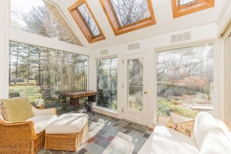 Additional photo for property listing at 512 Eagle Point Drive  Toms River, Nueva Jersey 08753 Estados Unidos