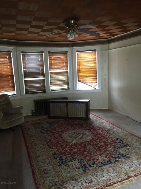 Additional photo for property listing at 124 Stone Road  黑兹利特, 新泽西州 07730 美国