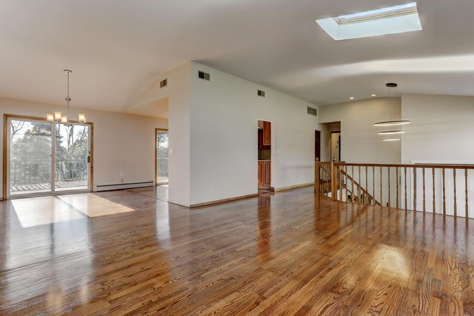 Additional photo for property listing at 2005 Bentz Road  Belmar, Nueva Jersey 07719 Estados Unidos