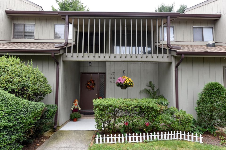 Single Family Home for Sale at 17b Belmont Court Red Bank, New Jersey 07701 United States