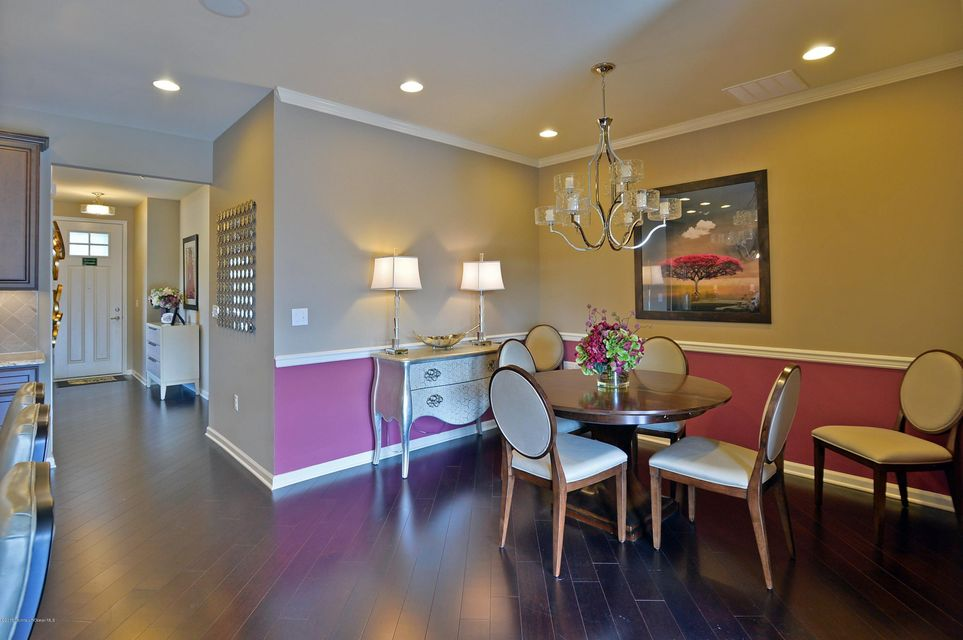 Additional photo for property listing at 27 Banquet Court  Howell, New Jersey 07731 États-Unis