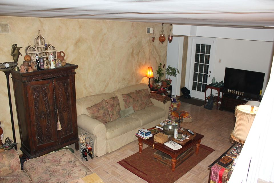Additional photo for property listing at 51 Oak Glen Road  Toms River, New Jersey 08753 United States