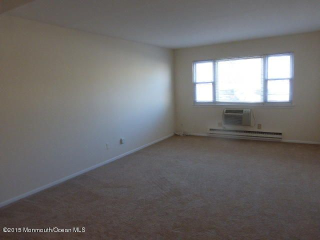 Additional photo for property listing at 210 5th Avenue  Belmar, New Jersey 07719 United States