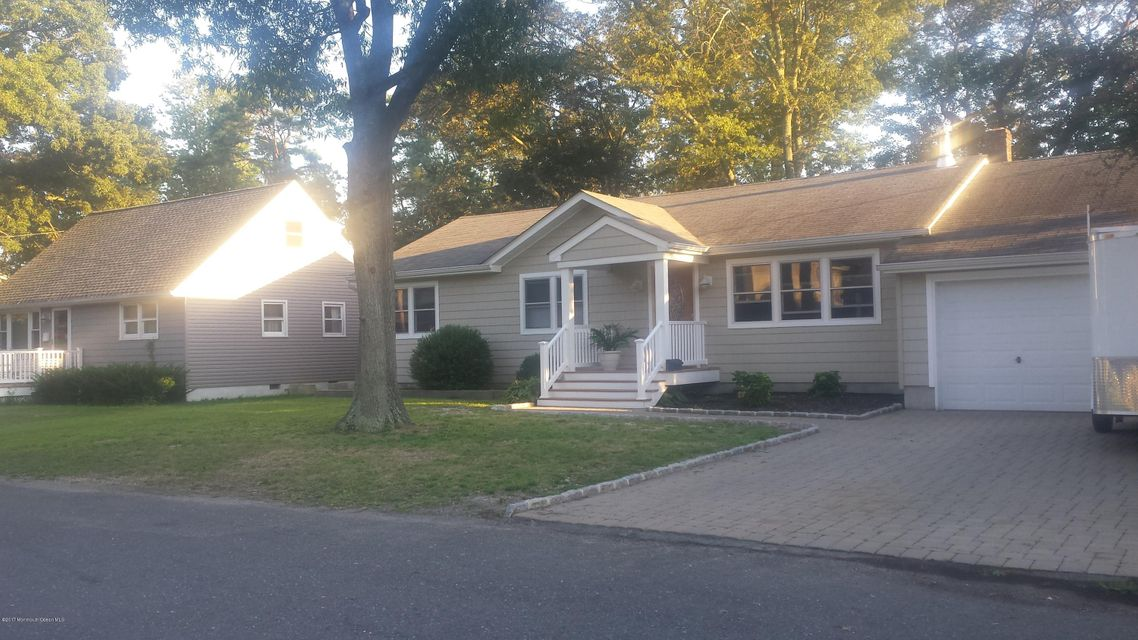 Single Family Home for Rent at 812 Woodwild Drive Point Pleasant, 08742 United States