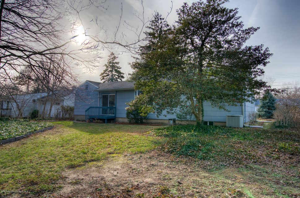 Additional photo for property listing at 96 Fairacres Drive  Toms River, Nueva Jersey 08753 Estados Unidos