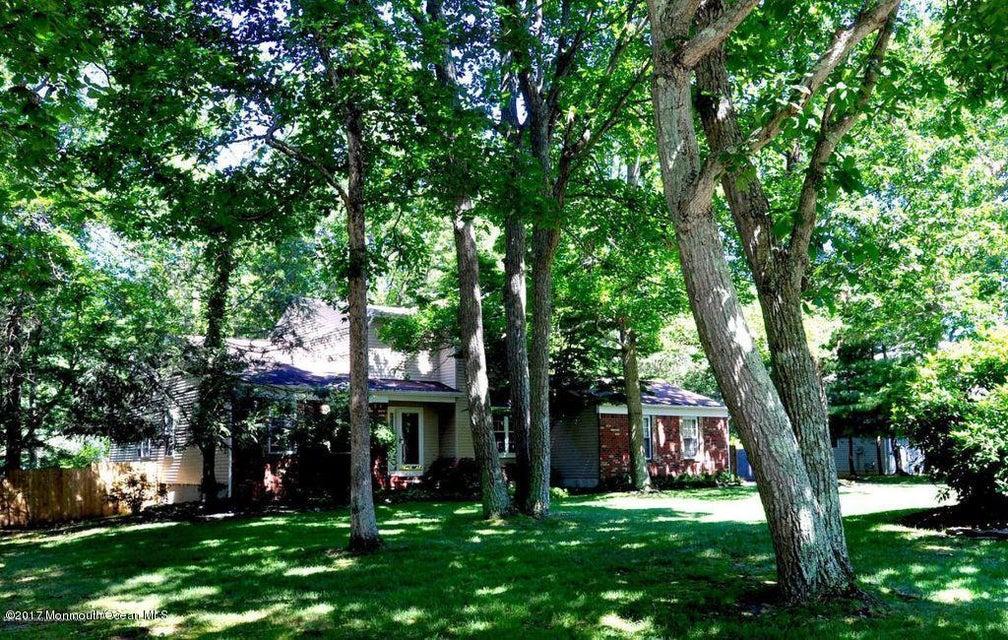 独户住宅 为 销售 在 30 Pitney Lane 杰克逊, 新泽西州 08527 美国