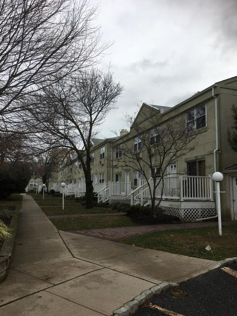 Additional photo for property listing at 31 Cedar Avenue  Long Branch, New Jersey 07740 United States