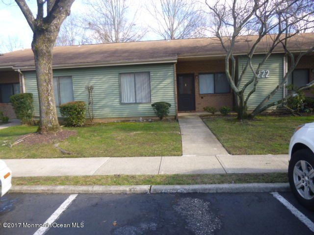 Single Family Home for Sale at 222 B Medford Court Manalapan, New Jersey 07726 United States