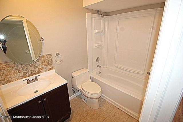 Additional photo for property listing at 208 Essex Drive  Brick, Nueva Jersey 08723 Estados Unidos