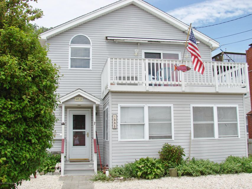 Single Family Home for Sale at 335 Stratford Avenue Beach Haven, 08008 United States