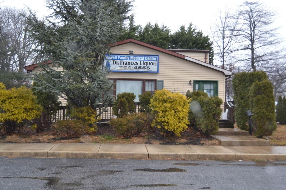 Commercial for Sale at 3701 Us Highway 9 3701 Us Highway 9 Howell, New Jersey 07731 United States