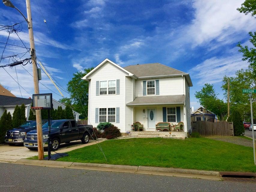 Casa Unifamiliar por un Venta en 12 Oregon Avenue North Middletown, Nueva Jersey 07748 Estados Unidos