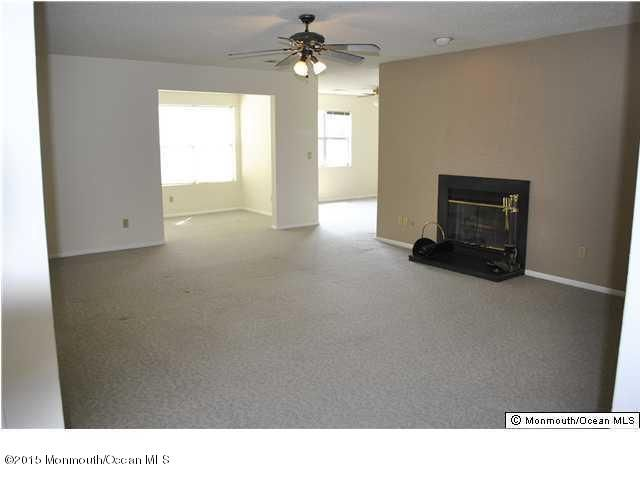 Additional photo for property listing at 1920 Waters Edge Drive  Toms River, New Jersey 08753 États-Unis