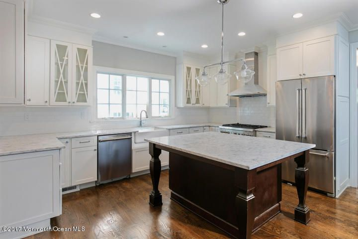 Additional photo for property listing at 62 Mccarter Avenue  Fair Haven, New Jersey 07704 États-Unis
