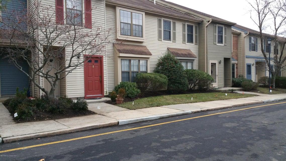 Condominio por un Alquiler en 3 Amherst Court Aberdeen, Nueva Jersey 07747 Estados Unidos