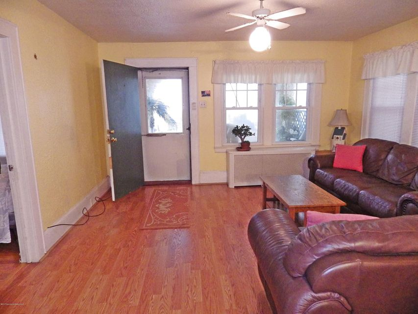 Additional photo for property listing at 705 Ocean Avenue  Bradley Beach, New Jersey 07720 États-Unis