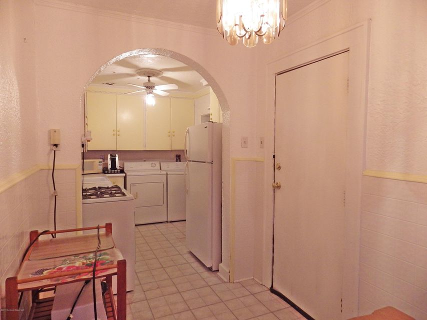 Additional photo for property listing at 705 Ocean Avenue  布兰德利海滩, 新泽西州 07720 美国