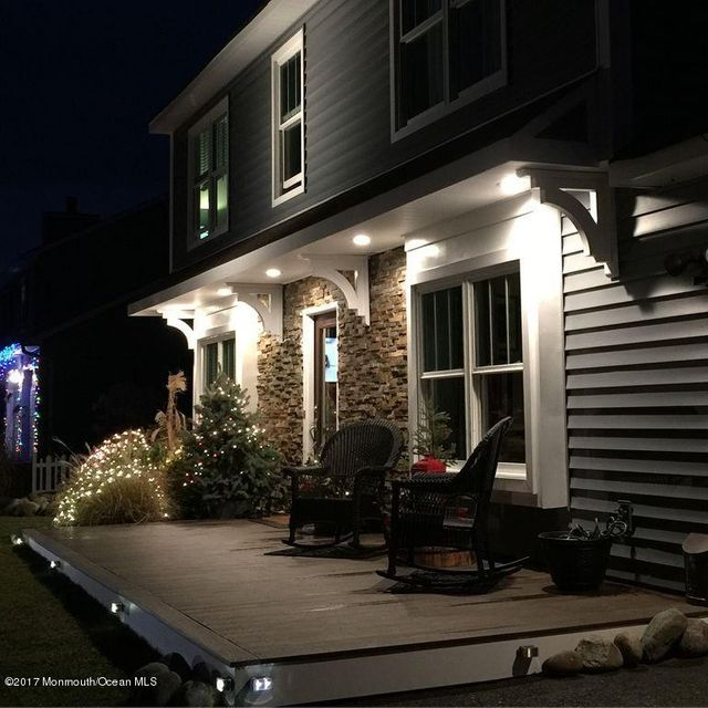 Maison unifamiliale pour l Vente à 611 Haifa Court Toms River, New Jersey 08753 États-Unis